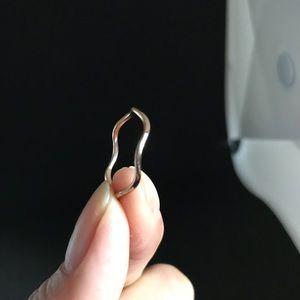 Jewelry - 18k Rosegold plated wave premium titanium Sz 8 Rin